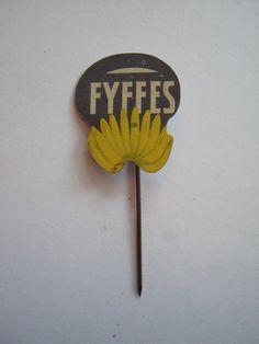 Fyffes bananas metal lapel badge Tie pin Stick pin Hat pin 1970s