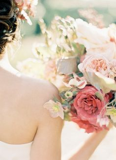Dusty antique rose bouquet | Photo by www.jenhuangblog.com