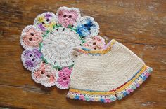 Vintage Potholder Pair Crocheted   Bloomers by theprimitivehome, $15.00