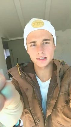 (made by WeeklyChris with @musical.ly) ♬ Music: I need your love - I need your love #musicvideo #musically Check it out: http://www.musical.ly/v/MzUwMjExNDc1NTMwMDY.html