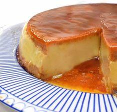 Bago, Tapas, Mexican Food Recipes, Healthy Recipes, Peruvian Cuisine, Carrot Cake Cupcakes, Cute Desserts, Custard, Yummy Treats
