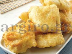 Μπακαλιάρος τηγανητός με κουρκούτι Snack Recipes, Cooking Recipes, Snacks, Cornbread, Macaroni And Cheese, Seafood, Dairy, Chips, Dinner