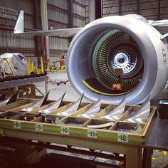 Qantas B737-800 cfm56 engine minus its fanblades, Melbourne Airport Maintenance, @willqf