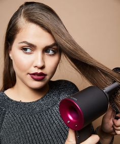 Dyson Hair Dryer, How To Blow Dry Hair Photos | How to do three different blowouts using only the brand-new Dyson hairdryer. #refinery29 http://www.refinery29.com/2016/09/123172/dyson-hairdryer-how-to-do-a-blow-out
