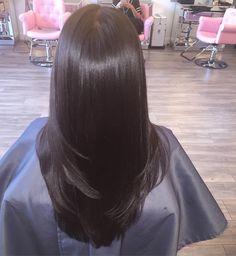 Silk press | w/Trim   natural shine  #teamnatural#silkpressusa #atlquickweave #vixenweave #clipins #quickweave #atlweave #atlsilkpress #instahair #hydrationtreatment #hairbytre #weave #microlinks #naturalhair#eapheat #silkpress #atlstylist #healthyhair #myhealthyjourney #midtownsalon #atlhair#voiceofhair#hypehair
