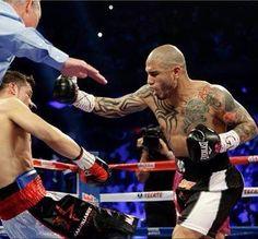 Miguel Cotto, Puertorriqueño.  El Primer Boxeador Campeón Mundial en Cuatro Categorías.  Aquí derrotó a Martínez.