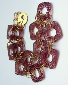Petr Dvorak - Garnet & glass neckpiece 2007, gold 18kt.
