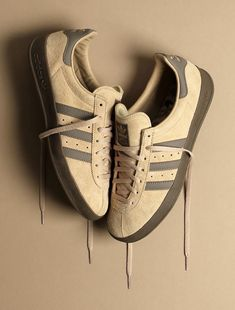 adidas Originals have been a mainstay at Urban Industry for years. Stocking adidas originals Gazelle shoes, Stan Smiths, ZX Flux and Equipment product. Adidas Casual Shoes, Sneakers Adidas, Adidas Spezial, Adidas Zx, Sneakers Box, Best Sneakers, Snicker Shoes, Minimal Shoes, Football Casuals