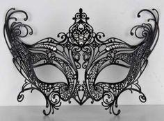 quiero una fiesta  de mascaras! ajaj que lindo y elegante <3