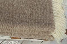Merino mohérová deka svetlo hnedá so vzorom rybia kosť. Svetlohnedý prehoz na posteľ. Wool Throws, Blankets, Blanket, Cover, Comforters