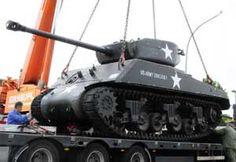 Thumbnail picture of the Sherman Jumbo (Medium Tank, M4A3E2)