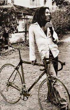 El viejo Bob Marly y su #bici