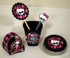 Kit de Festa Monster High, personalizamos com nome e a cor desejada. - Copinho…