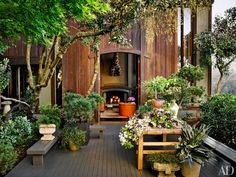 item6.rendition.slideshowWideVertical.ken-fulk-san-francisco-home-07-outdoor-garden-terrace
