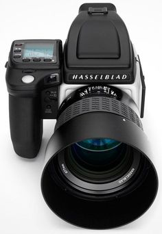 Hasselblad H5D-60 Medium Format | The H5D-60 features the largest sensor of the Hasselblad range – almost twice the size of a 35mm full-frame DSLR. This huge capture area boasts unsurpassed levels of image quality and a wide dynamic range and with its 60 megapixel CCD sensor, the H5D-60 is the perfect choice for landscape, architectural and fine art photographers; those unwilling to settle for anything but the best.... oO !!!