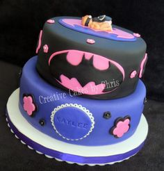 Batgirl Baby Shower - Cake by Creative Cakes by Chris - CakesDecor Batgirl Party, Batgirl Cake, Batman Party, Girl Superhero Party, Superhero Baby Shower, Baby Batman, Baby Shower Cakes, Baby Shower Themes, Shower Ideas
