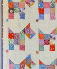 Vintage Quilt Pattern from Quilts by Elena SCOTTIES Vintage Quilt Pattern from Quilts by Elena Colchas Quilt, Cat Quilt, Quilt Baby, Quilt Blocks, Vintage Quilts Patterns, Scrappy Quilt Patterns, Antique Quilts, Patchwork Quilting, Crazy Quilting