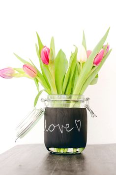 DIY Vase mit Tafellack - ein schnelles und einfaches Geburtstagsgeschenk mit einer individuellen Nachricht - oder auch für die eigenen vier Wände. :)
