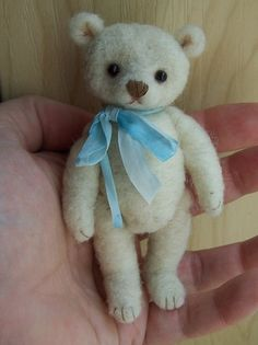 needle felted teddy bear mini