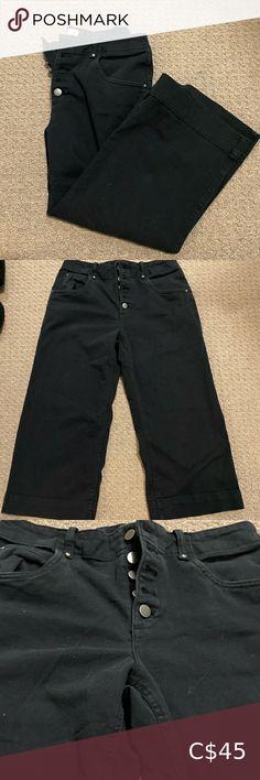 Gap button fly wide leg cropped denim Gap button fly with adjustable back wide leg cropped jeans in black. Cropped Jeans, Wide Leg, Gap, Pants For Women, Black Jeans, Ankle, Legs, Button, Denim