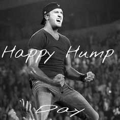 Luke Bryan gives new meaning to Hump Day