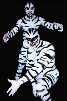 Body Art by bodypainter Rich Diltz. Bodypainting services and fine art. Photos of painted models. Public Art, Male Body, Mannequins, Erotic Art, Black And White Photography, Art Forms, All Art, Body Art, Art Pieces