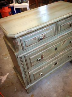 Crafty Southern Mama: The Chest...Another Annie Sloan Chalk Paint Adventure