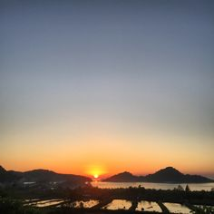 Beautiful Sunset, Sunsets, Celestial, Outdoor, Outdoors, Outdoor Games, The Great Outdoors, Sunset