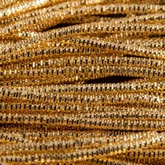 AA107. Gold colour bright check purl 1.3mm (3 metres)
