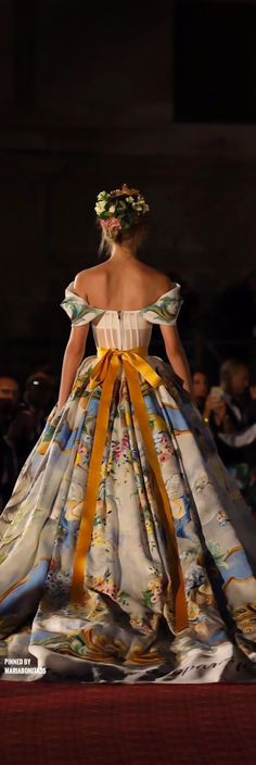 The reason I put this in my Rococo Board is because the style form Dolce and Gabbana Fall-17 Haute Couture, has a wonderful dtake on the Rococo era.
