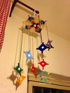 Mobiles, How To Make, Handmade, Diy, Rainbows, Ceiling, Hand Made, Bricolage, Mobile Phones