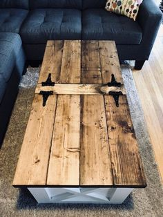 35 easy & free plans to build a diy coffee table 2 « Home Decoration Wooden Pallet Furniture, Farmhouse Furniture, Rustic Furniture, Wood Pallets, Diy Furniture, Business Furniture, Small Furniture, Furniture Dolly, Outdoor Furniture