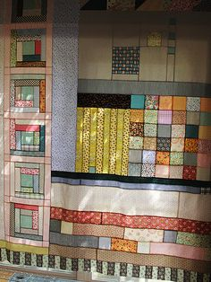 Amazing-ness by Alicia Paulson via Posie Gets Cozy. Design of this quilt is 100% original and her creation. Just amazed. Brilliant!
