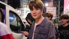 i wanna pinch his cheeks shhshd Instant Camera, Jung Jaehyun, Jaehyun Nct, Boyfriend Material, Celebrities, Chrysanthemum, Kpop, Celebs, Celebrity