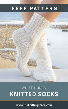 Mix-and-match these basic White Dunes Knitted Socks with any of your outfit. Knitted Slippers, Slipper Socks, Knit Mittens, Crochet Slippers, Knitting Socks, Free Knitting, Loom Knitting, Fall Knitting Patterns, Knitting Designs