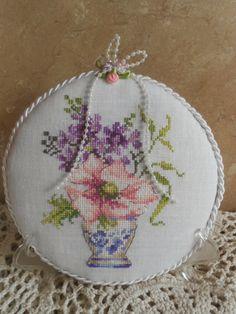 "Lumivalko ja Ruusunpuna: ""The French Pinkeep from Eila , I have finished The Rose Garland and To my Sweet -stitchings :)"