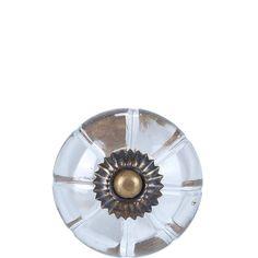 OPEN Möbelknopf Glas oval    Mit den Open-Möbelknöpfen verwandeln Sie Schränke und Kommoden im Handumdrehen in individuelle Wohnobjekte. Einfach auswählen, was Ihnen gefällt und zu Ihren persönlichen Stil passt, und Ihren Lieblingsknopf an Türen, Fächern und Schubladen gegen den vorhandenen Möbelknopf austauschen. Tipp: Für den Vintage-Look und einzigartige Stylings kombinieren Sie verschiedene...