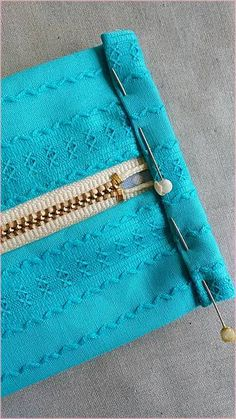 Tutorial in giapponese Sewing Hacks, Sewing Tutorials, Sewing Crafts, Sewing Projects, Sewing Patterns, Handmade Crafts, Diy And Crafts, Leather Art, Craft Bags