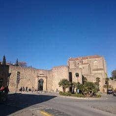 Conociendo la muralla de #Ronda, una gran desconocida. #nofilter #amazing #sky #travel #traveling  #vacation #visiting #instatravel #instago #instagood #trip #holiday #photooftheday #fun #travelling #tourism #tourist #instapassport #instatraveling #mytrav