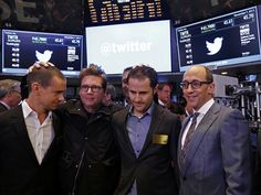 Jack Dorsey, Evan Williams, Biz Stone e Noah Glass – os fundados do Twitter Twitter completa 10 anos https://donaelegancia.wordpress.com/2016/07/15/twitter-completa-10-anos/