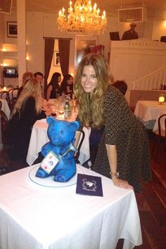 Kelly Bensimon celebrates her birthday Celebrity Look, Celebrity Pictures, Celebrity News, Kelly Bensimon, Yoga For Back Pain, Star Wars, Look At The Stars, Gossip News, Celebs