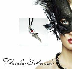 Schutzengelkette, mit Engelflügel, zu finden auf Facebook Thasalu Schmuck   https://m.facebook.com/Thasalu-Schmuck-Chunks-Co-295839107195113/