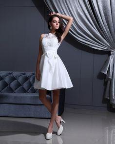 Applique Shoulder Straps Short Bridal Gown Wedding Dress