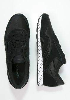 quality design 87e0e 13dd5 Die 35 besten Bilder von Sneaker   Shoes sneakers, Fashion shoes und  Loafers   slip ons