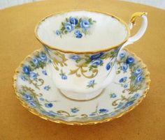 royal albert teacup saucer set vintage 60s blue roses angela sheraton series gilt england.