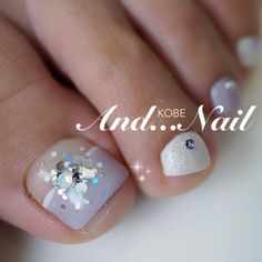 白川麻里★アンドネイルさんのネイルブック   ネイルブック Cute Toe Nails, Toe Nail Art, Love Nails, My Nails, Pedicure Designs, Toe Nail Designs, Nail Polish Designs, Gorgeous Nails, Pretty Nails