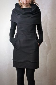 Cowl Neck Pocket Tunic SIZE SMALL by emilyryan on Etsy - This looks so comfortable! Looks Style, Style Me, Look Fashion, Womens Fashion, Fashion Models, Fashion Shoes, Fashion Outfits, Inspiration Mode, Mode Style