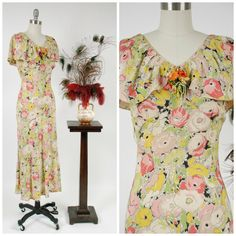 Vintage 1930s Dress - Summer 2018 Lookbook - Fresh Silk Poppy Print Floral 30s Bias Cut Dress with Caped Collar by FabGabs on Etsy https://www.etsy.com/listing/600813276/vintage-1930s-dress-summer-2018-lookbook