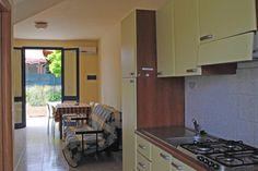 cucina Kitchen Cabinets, Patio, Home Decor, Kitchen Maid Cabinets, Terrace, Interior Design, Home Interiors, Decoration Home, Kitchen Cupboards