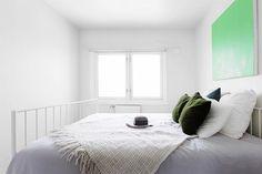 Alternativ måte å farge veggen - male lerret i en farge